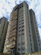 Apartamento En Venta En Los Teques, San Antonio, Venezuela, VE RAH: 16-16235