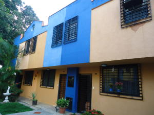 Townhouse En Venta En Municipio Naguanagua, Barbula, Venezuela, VE RAH: 16-16142