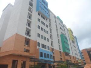 Apartamento En Venta En Municipio Naguanagua, Tazajal, Venezuela, VE RAH: 16-16149