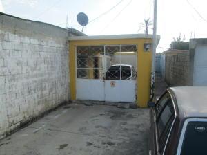 Casa En Venta En Guacara, Carret Guacara - San Joaquin, Venezuela, VE RAH: 16-16152