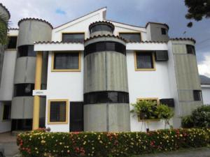 Townhouse En Venta En Municipio Naguanagua, El Rincon, Venezuela, VE RAH: 16-16165
