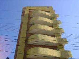 Apartamento En Venta En Maracay, La Soledad, Venezuela, VE RAH: 16-16181