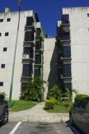 Apartamento En Venta En Guatire, El Refugio, Venezuela, VE RAH: 16-16214