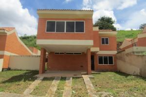 Casa En Venta En Valencia, Lomas Del Country, Venezuela, VE RAH: 16-16217