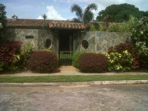 Casa En Venta En Valencia, Colinas De Guataparo, Venezuela, VE RAH: 16-16223