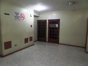 Oficina En Venta En Maracay, Zona Centro, Venezuela, VE RAH: 16-16239