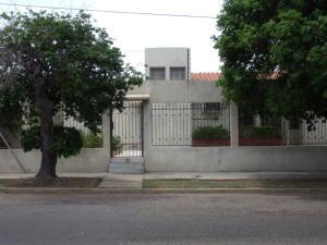 Casa En Venta En Maracaibo, Maracaibo, Venezuela, VE RAH: 16-16259