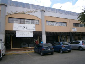 Oficina En Ventaen Valencia, Zona Industrial, Venezuela, VE RAH: 16-16276