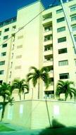 Apartamento En Venta En Parroquia Caraballeda, Caribe, Venezuela, VE RAH: 16-16271