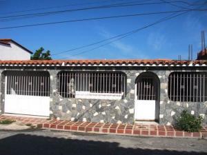 Casa En Venta En Turmero, Valle Lindo De Turmero, Venezuela, VE RAH: 16-16274