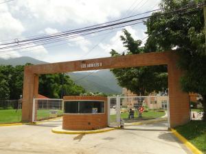 Apartamento En Venta En Guatire, Las Bonitas, Venezuela, VE RAH: 16-16305