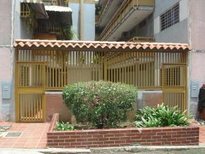 Apartamento En Venta En Charallave, Arichuna, Venezuela, VE RAH: 16-16316