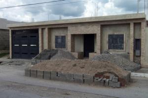 Casa En Venta En Yaritagua, Municipio Peña, Venezuela, VE RAH: 16-16317