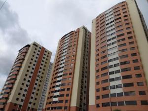 Apartamento En Venta En Municipio Naguanagua, Palma Real, Venezuela, VE RAH: 16-16320