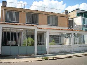 Apartamento En Venta En Municipio Naguanagua, Santa Ana, Venezuela, VE RAH: 16-16876