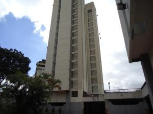 Apartamento En Venta En Caracas, Terrazas Del Avila, Venezuela, VE RAH: 16-16347