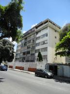 Apartamento En Venta En Caracas, San Bernardino, Venezuela, VE RAH: 16-16610