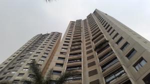 Apartamento En Venta En Caracas, Santa Fe Norte, Venezuela, VE RAH: 16-16369