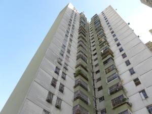 Apartamento En Venta En Caracas, Los Samanes, Venezuela, VE RAH: 16-16389