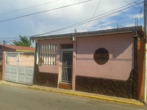 Casa En Venta En Maracaibo, Cañada Honda, Venezuela, VE RAH: 16-16402