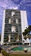 Apartamento En Venta En La Guaira, Sector Las Quince Letras, Venezuela, VE RAH: 16-16405