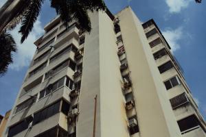 Apartamento En Venta En Valencia, La Trigaleña, Venezuela, VE RAH: 16-16413