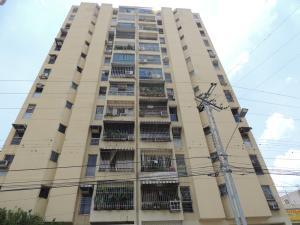 Apartamento En Venta En Charallave, Centro De Charallave, Venezuela, VE RAH: 16-16469