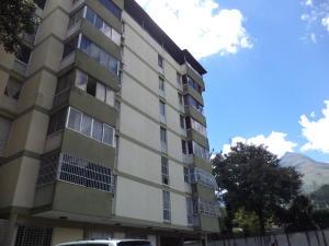 Apartamento En Venta En Caracas, El Marques, Venezuela, VE RAH: 16-17018