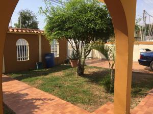 Casa En Venta En Ciudad Ojeda, Bermudez, Venezuela, VE RAH: 16-16467