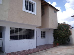 Townhouse En Venta En Ciudad Bolivar, Av San Vicente De Paúl, Venezuela, VE RAH: 16-16497