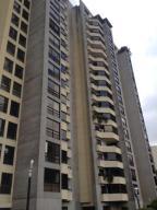 Apartamento En Venta En Caracas, La Florida, Venezuela, VE RAH: 16-16499