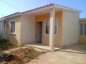 Casa En Venta En Municipio San Francisco, Los Samanes, Venezuela, VE RAH: 16-16805