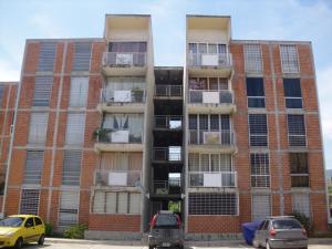 Apartamento En Venta En Guarenas, Las Islas, Venezuela, VE RAH: 16-16566