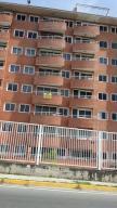 Apartamento En Venta En Guatire, Vega Arriba, Venezuela, VE RAH: 16-17362