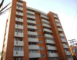 Apartamento En Venta En Barquisimeto, El Parque, Venezuela, VE RAH: 16-16731