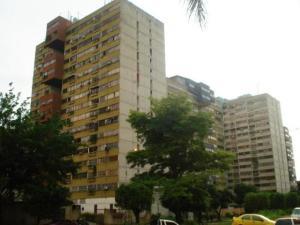 Apartamento En Venta En Municipio Naguanagua, Palma Real, Venezuela, VE RAH: 16-16765
