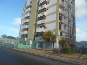 Apartamento En Alquiler En Punto Fijo, Punto Fijo, Venezuela, VE RAH: 16-16769