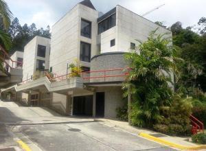 Townhouse En Venta En Caracas, La Boyera, Venezuela, VE RAH: 15-3127