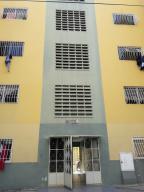 Apartamento En Venta En Barquisimeto, Parroquia Catedral, Venezuela, VE RAH: 16-16783