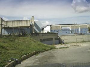 Galpon - Deposito En Venta En Caracas, Antimano, Venezuela, VE RAH: 16-16843