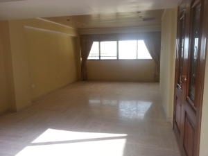 Apartamento En Venta En Maracaibo, Valle Frio, Venezuela, VE RAH: 16-16873