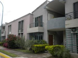 Apartamento En Venta En Municipio Los Guayos, Paraparal, Venezuela, VE RAH: 16-16879
