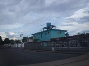 Casa En Venta En Ciudad Bolivar, Casco Central, Venezuela, VE RAH: 16-16890
