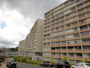 Apartamento En Venta En Caracas, El Encantado, Venezuela, VE RAH: 16-16959