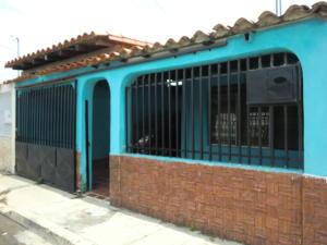 Casa En Venta En Cabudare, El Paraiso, Venezuela, VE RAH: 16-16913