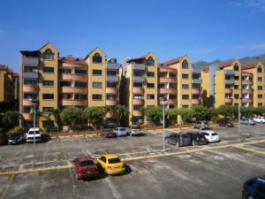 Apartamento En Venta En Municipio San Diego, Poblado De San Diego, Venezuela, VE RAH: 16-16918
