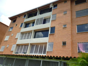 Apartamento En Venta En Guatire, Sector San Pedro, Venezuela, VE RAH: 16-16941