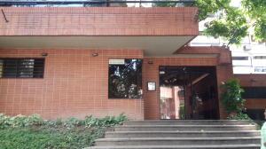 Apartamento En Venta En Caracas, Los Naranjos De Las Mercedes, Venezuela, VE RAH: 16-16948