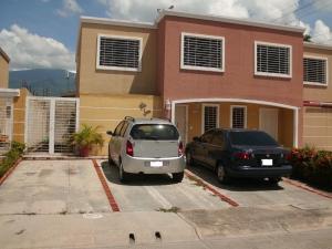 Casa En Venta En Guatire, Villa Heroica, Venezuela, VE RAH: 16-16994