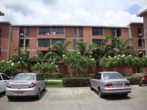 Apartamento En Venta En Guatire, Valle Grande, Venezuela, VE RAH: 16-17270